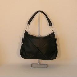 Velmi praktická nekožená dámská kabelka