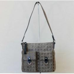 kožená kabelka s patentovým uzavíráním