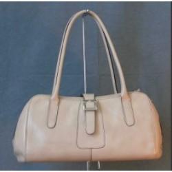 Elegantní dámská kožená kabelka